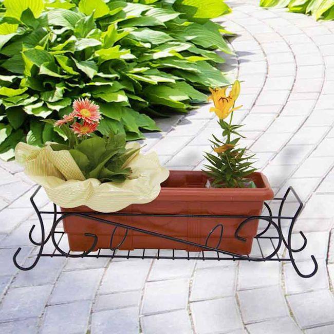 Jardineira-aramada-de-chao-grande