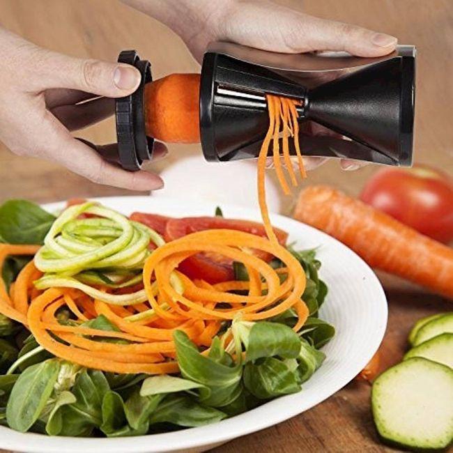 Fatiador-de-legumes-e-vegetais-em-espiral