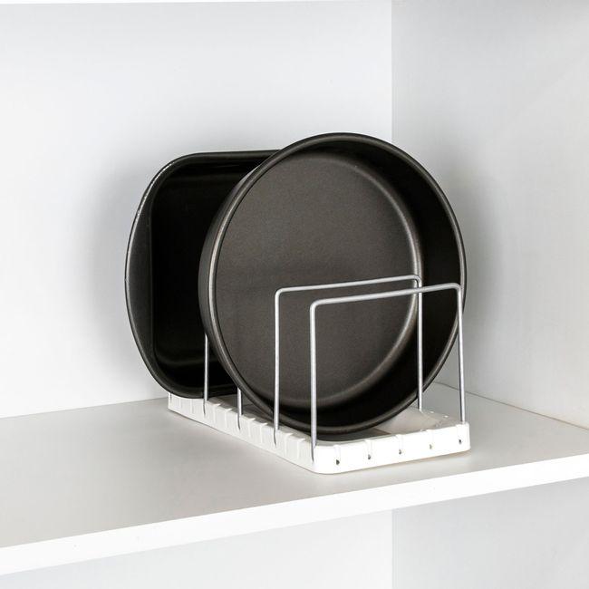 Organizador-de-formas-e-travessas-para-armario